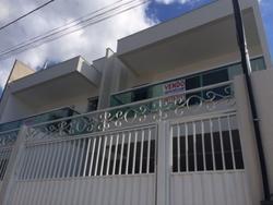 Casas à venda em Colina de Laranjeiras