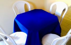 Aluguel de Mesa com 4 Cadeiras